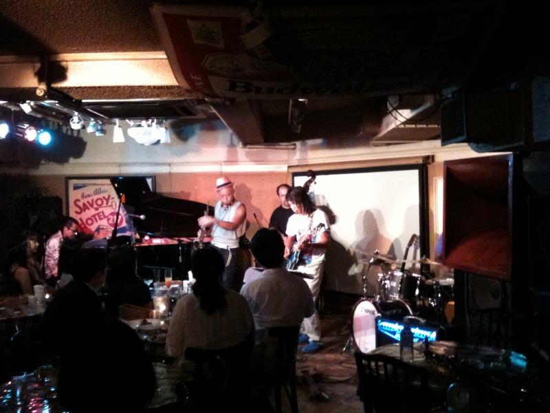 西藤ヒロノブ@横浜Bar Bar Bar